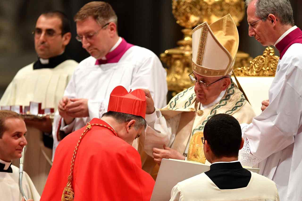 Papa Francesco e Cardinale Becciu
