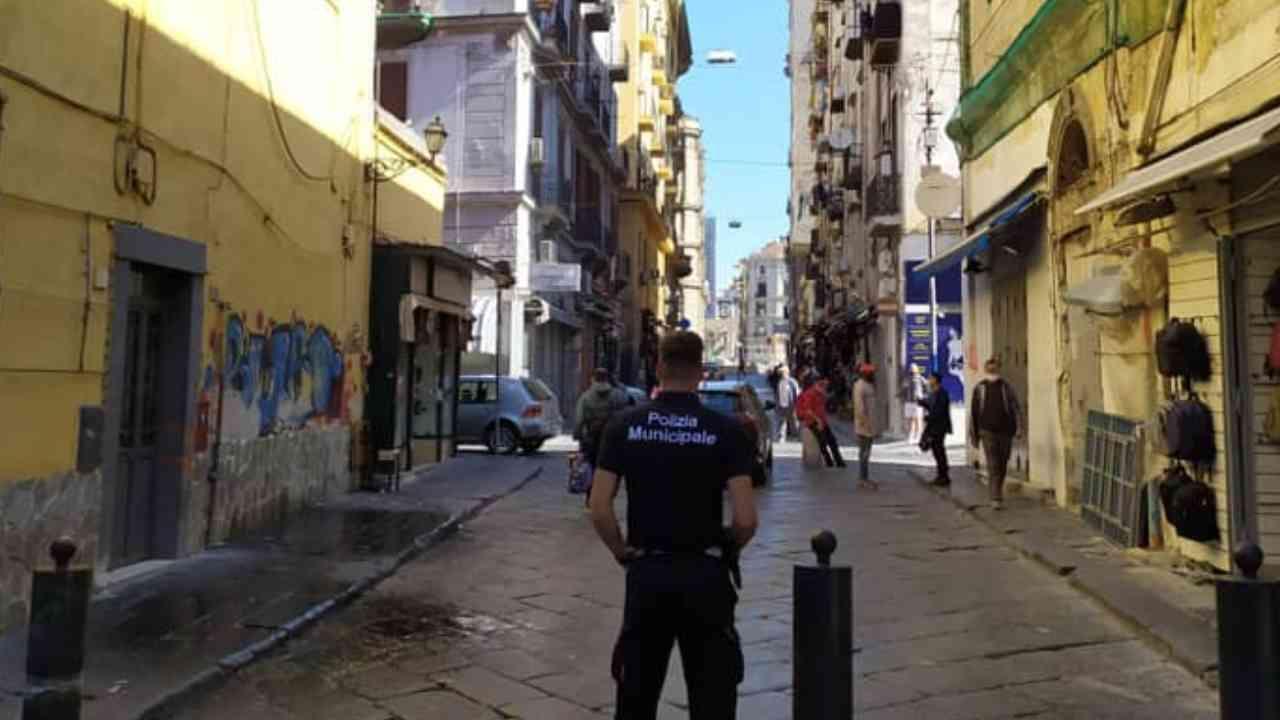 Salerno anziana derubata