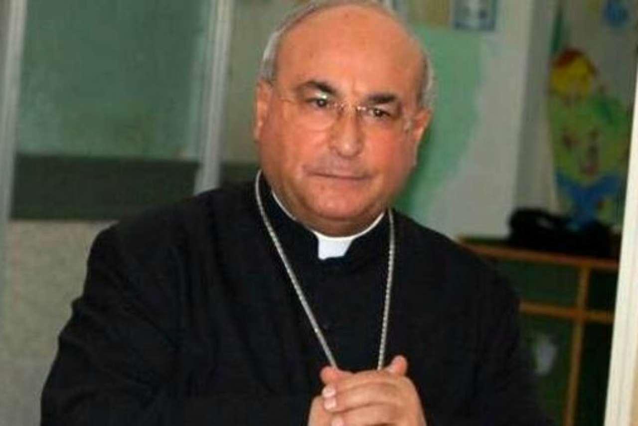Caserta vescovo
