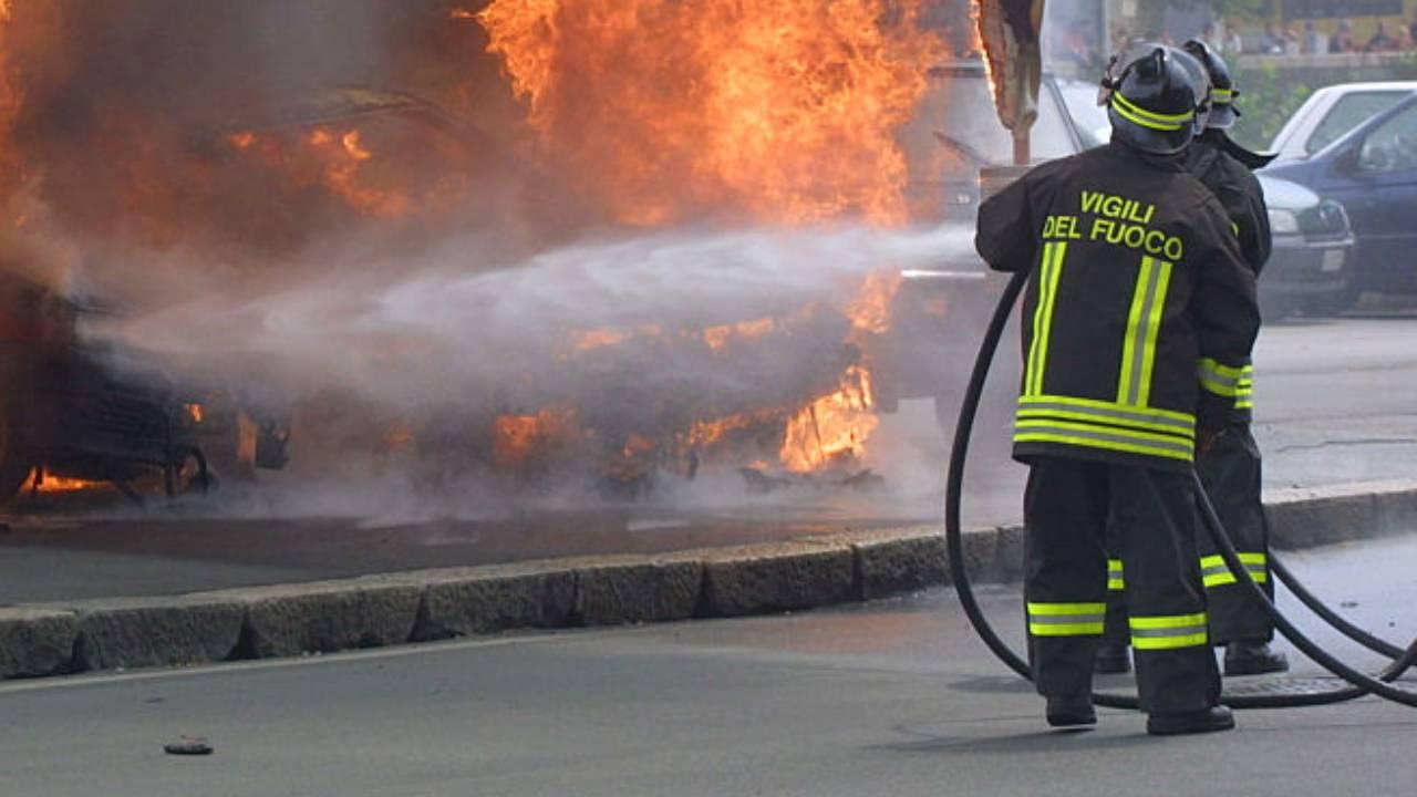 Napoli incendio