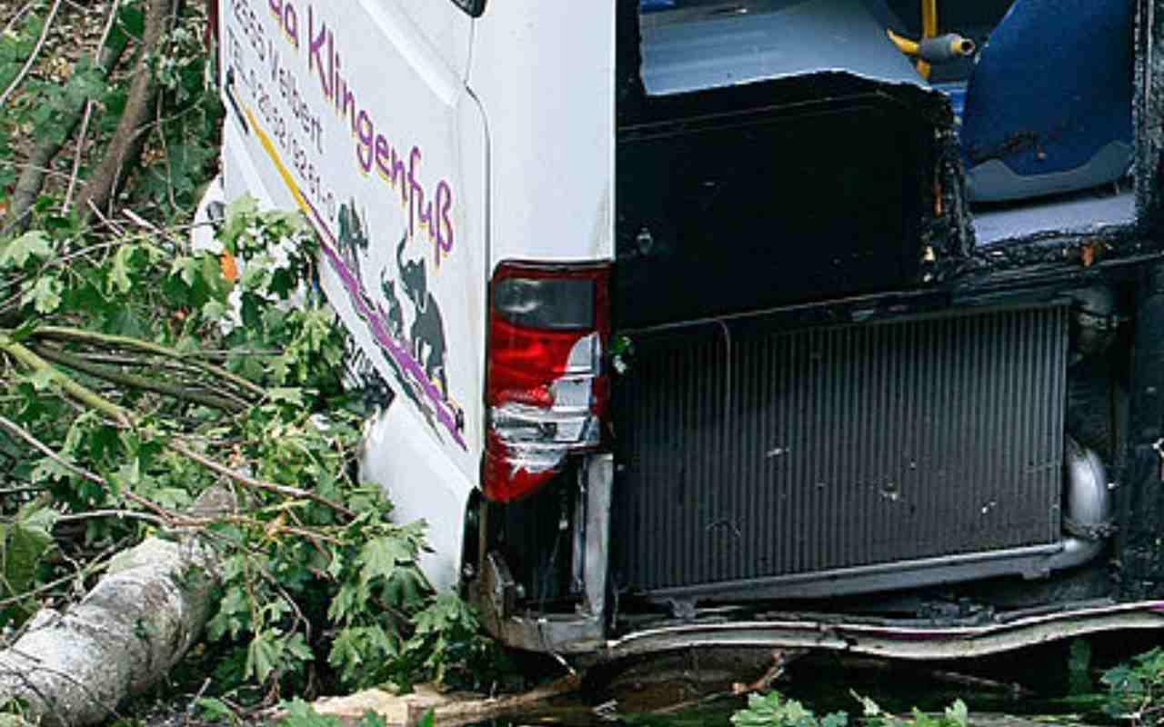 Bus incidente Indonesia