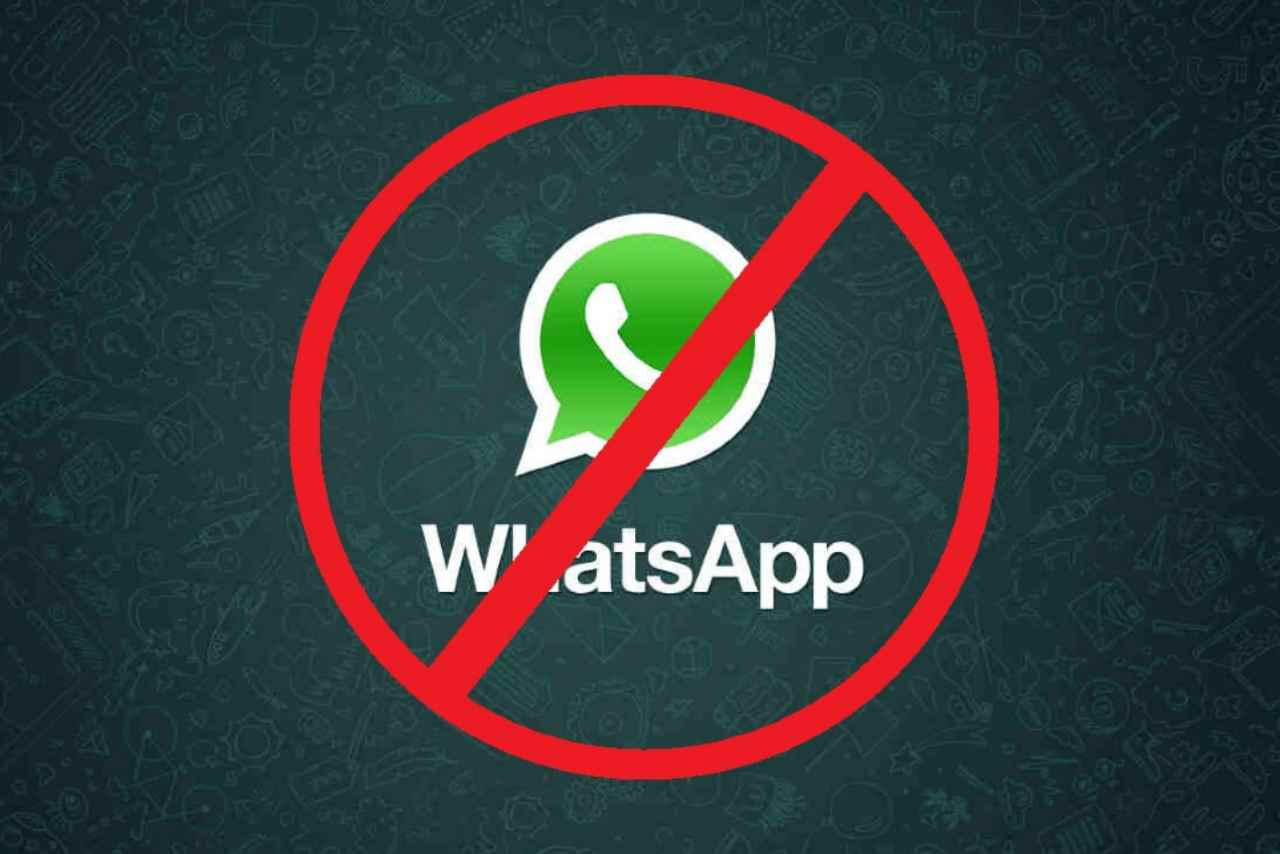 WhatsApp utenti sospensione