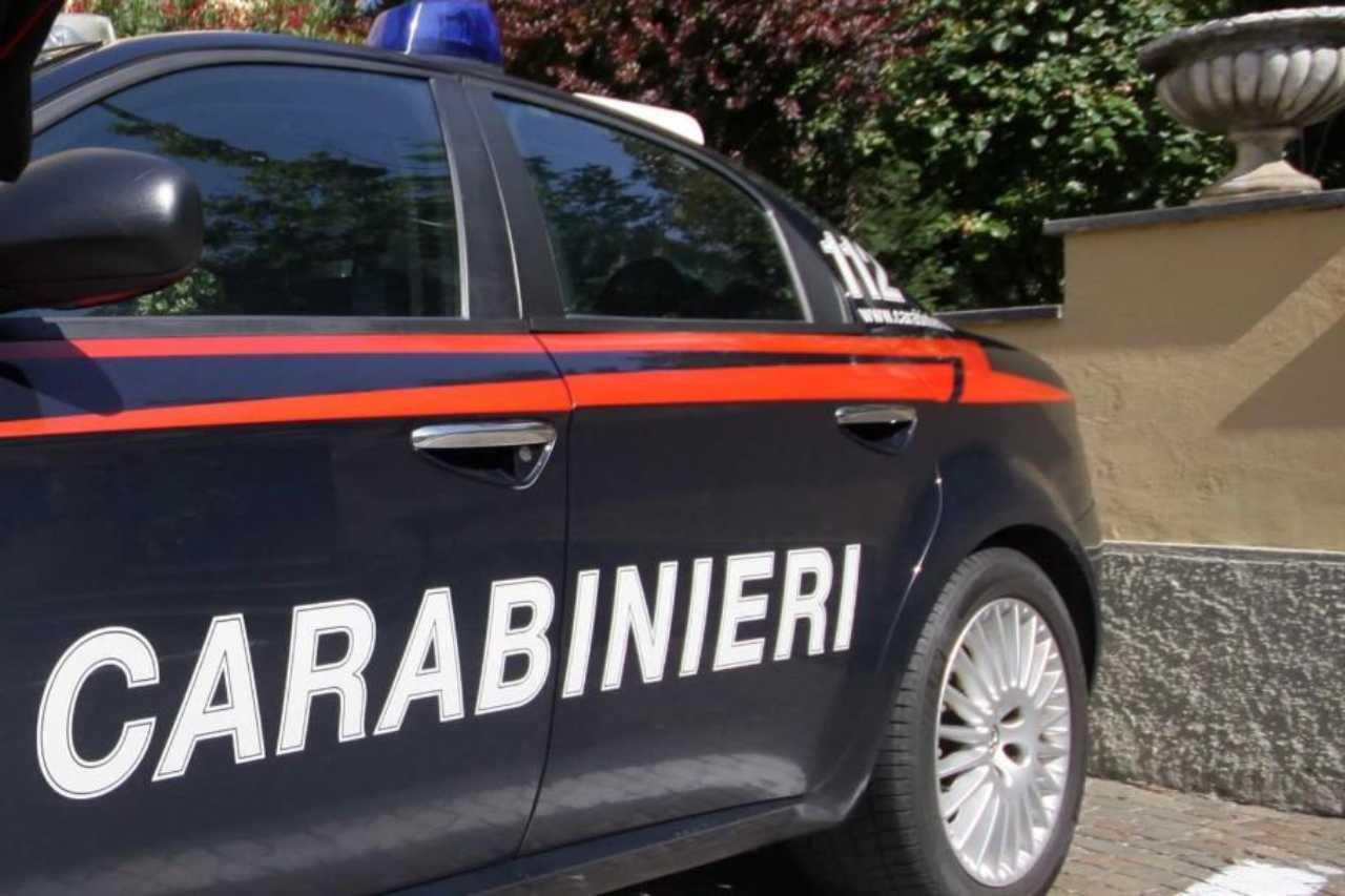 napoli carabinieri