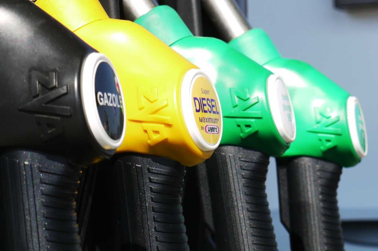 Rincari benzina