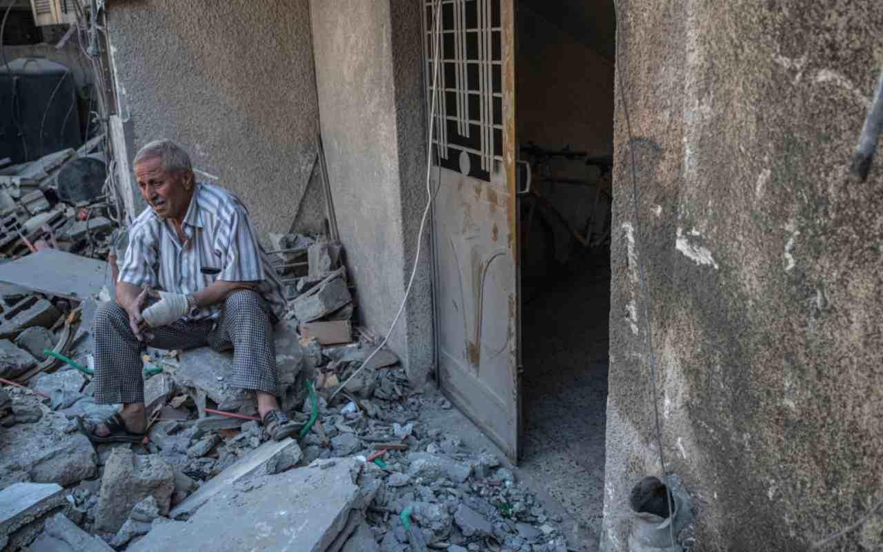 Ancora bombardamenti su Gaza ma si aprono spiragli per il cessate il fuoco
