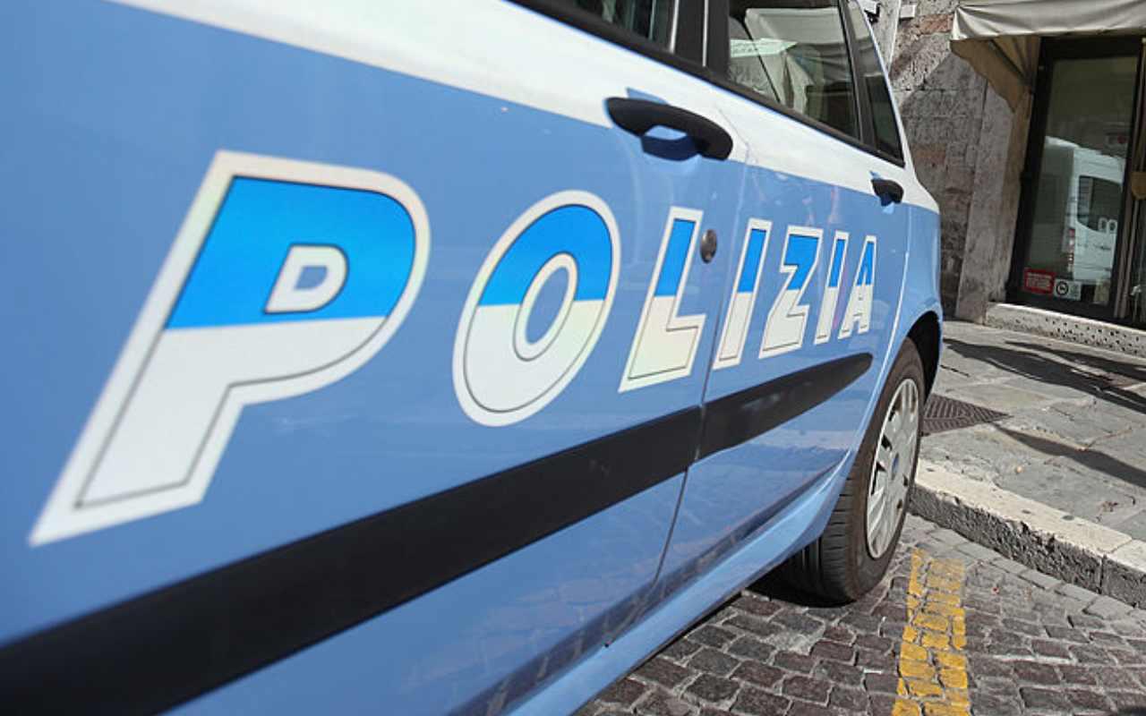 Poliziotto ferito a Napoli