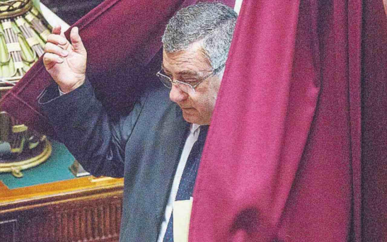 Forza Italia si avvicina al Pd, ormai lontana dalla destra Il piano segreto: Draghi premier anche dopo le Politiche